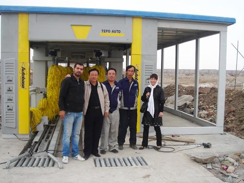 Steel Tunnel Car Washing Machine , TEPO-AUTO Automatic Car Washer